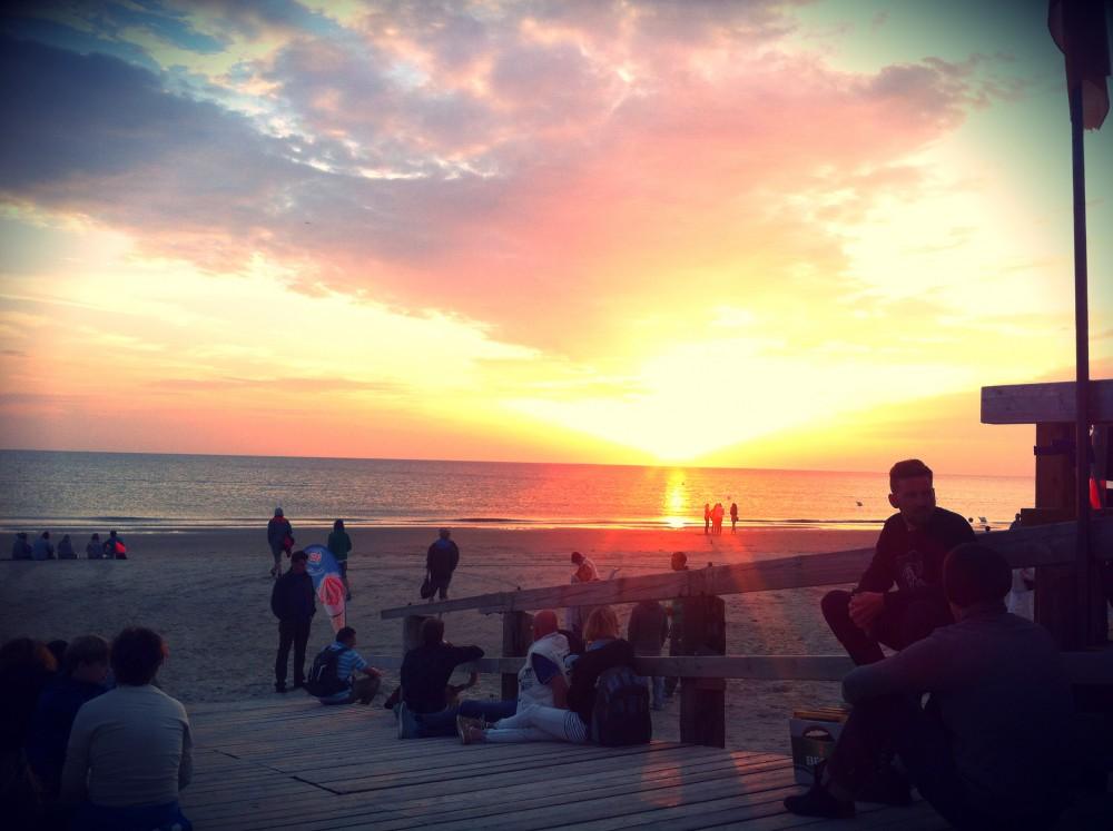 Beachparty_Surfschule_Sankt_Peter_Ording_Aufmacherbild.net