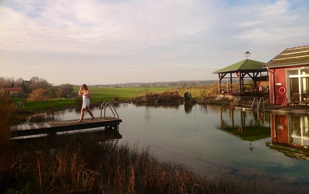 Der Naturbadeteich des Gutshauses Stellshagen