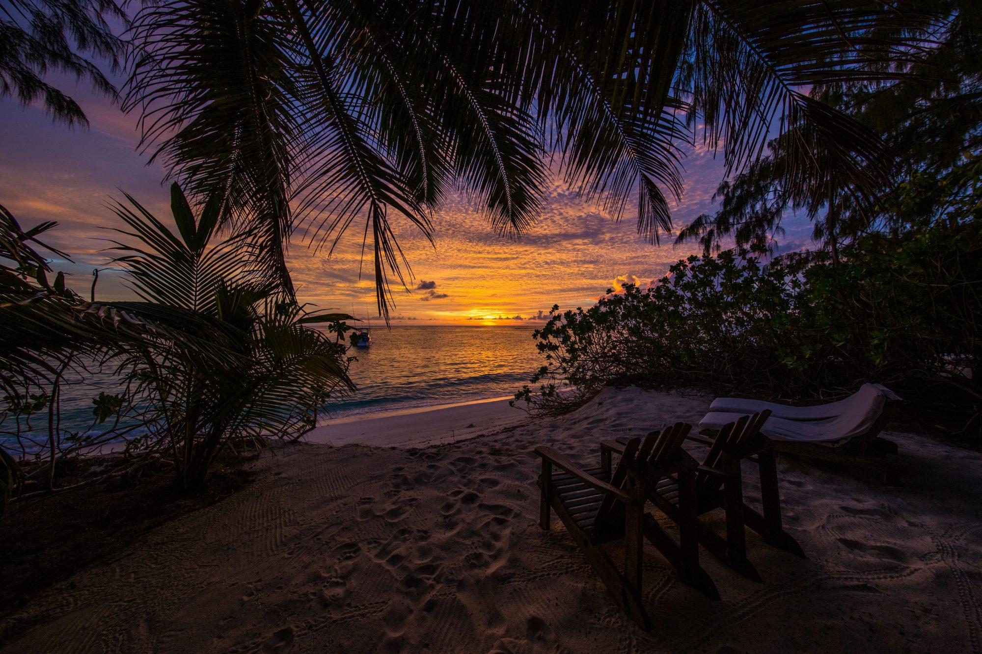 sonnenuntergang-denis-private-island