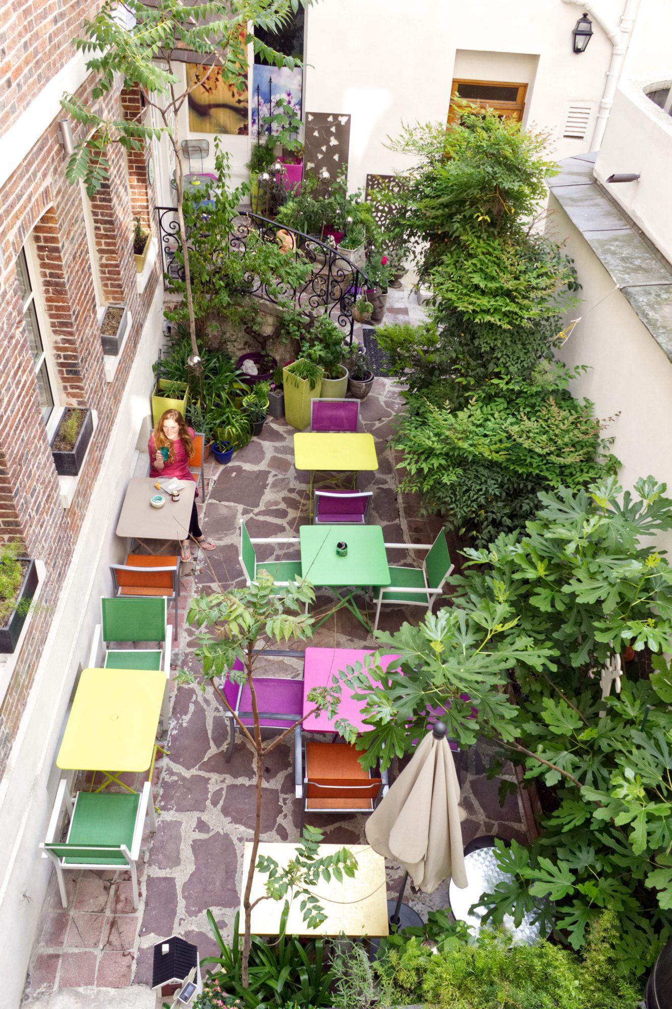 Hotel Le Pavillon Terrasse Und Krautergarten Rebeccas Welt